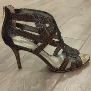 Marc Fisher Heels Size 10 Gold